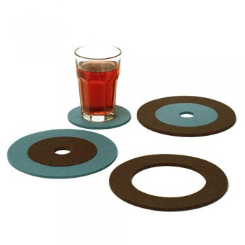 Coaster/Trivet Set in Slate/Chestnut