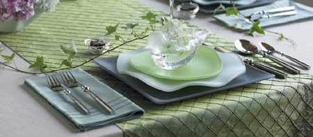 Tableworthy Setting: Oceana Seaglass Dinnerware  Your guide to stylish, eco-friendly decor! :  dinnerware eco chic design eco friendly eco friendly design
