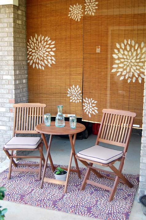 Green How-To: Customize Bamboo Blinds with a Graphic Freehand Paint Job Thumbnail