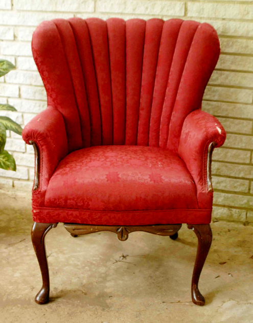 Introducing My Freecycle Score: A Chair Named Grace Thumbnail
