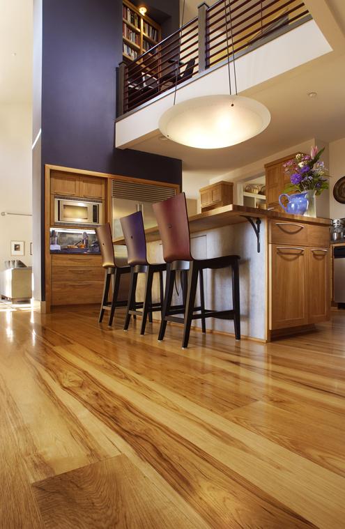 Beauty In A Plank Fsc Certified Reclaimed Wood Floors From Carlisle