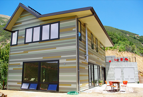 Beautiful Off-Grid Living: Big Sur Prefab House Thumbnail
