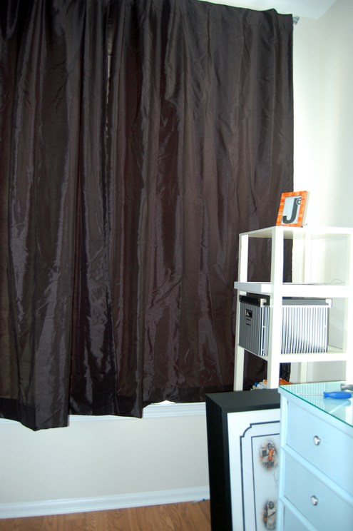 Thermal Curtains Result in a Much Cooler Space Thumbnail
