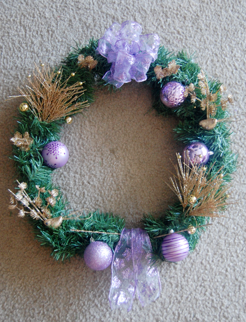 Make Your Own Custom Holiday Wreath Thumbnail
