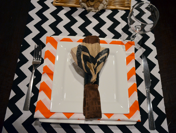 Easy Thanksgiving Place Settings with DIY Napkin Rings Thumbnail