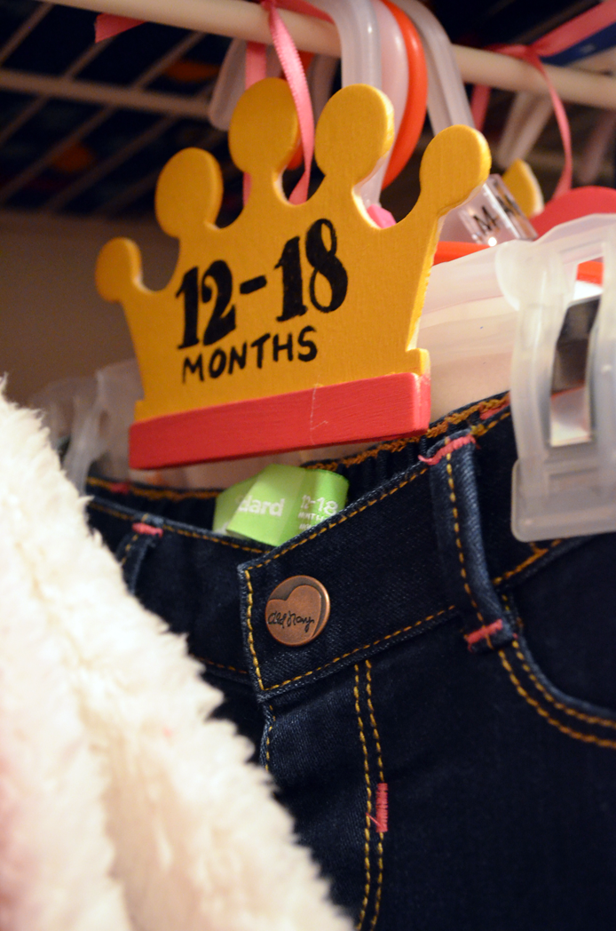 Make DIY Size Separators for Baby's Closet Thumbnail