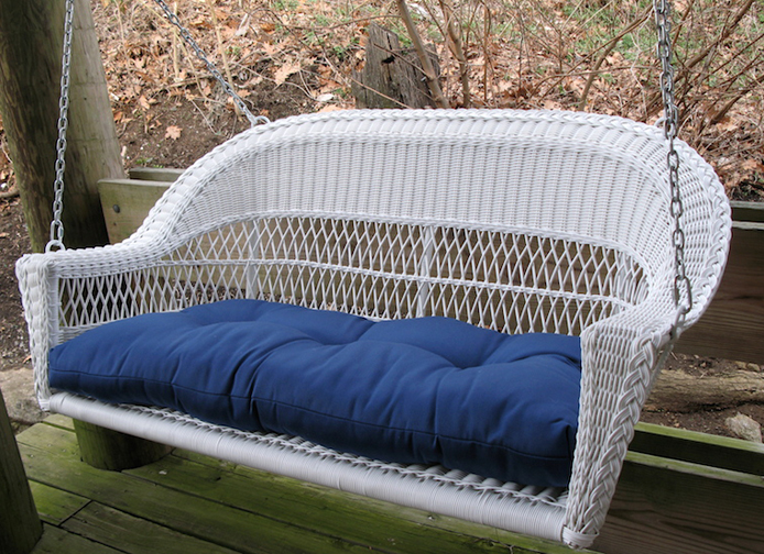 Maintaining Wicker Furniture for Patio Use Thumbnail