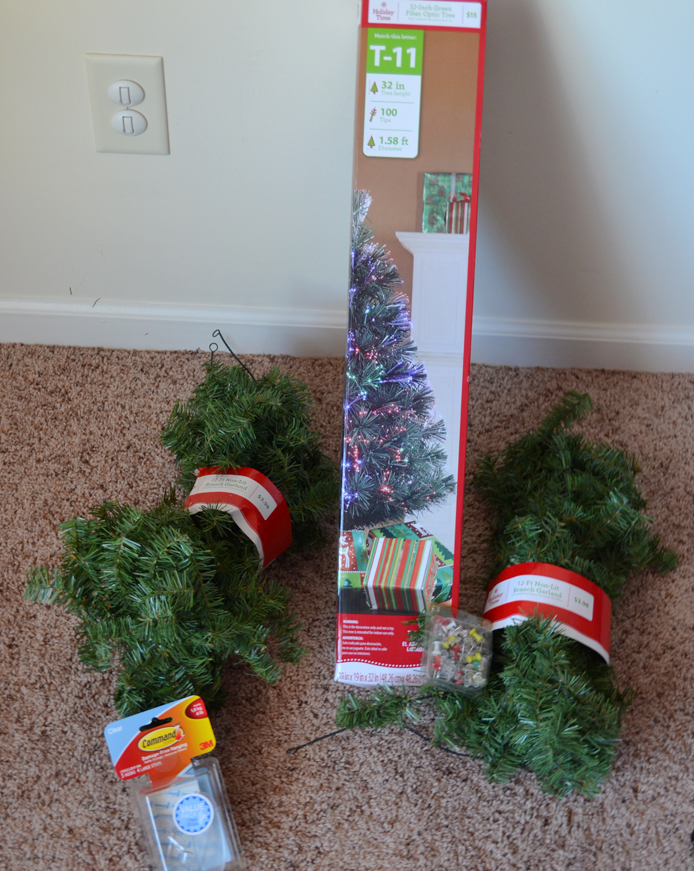 Wall christmas tree diy makeshift christmas tree wall How to hang garland on a christmas tree