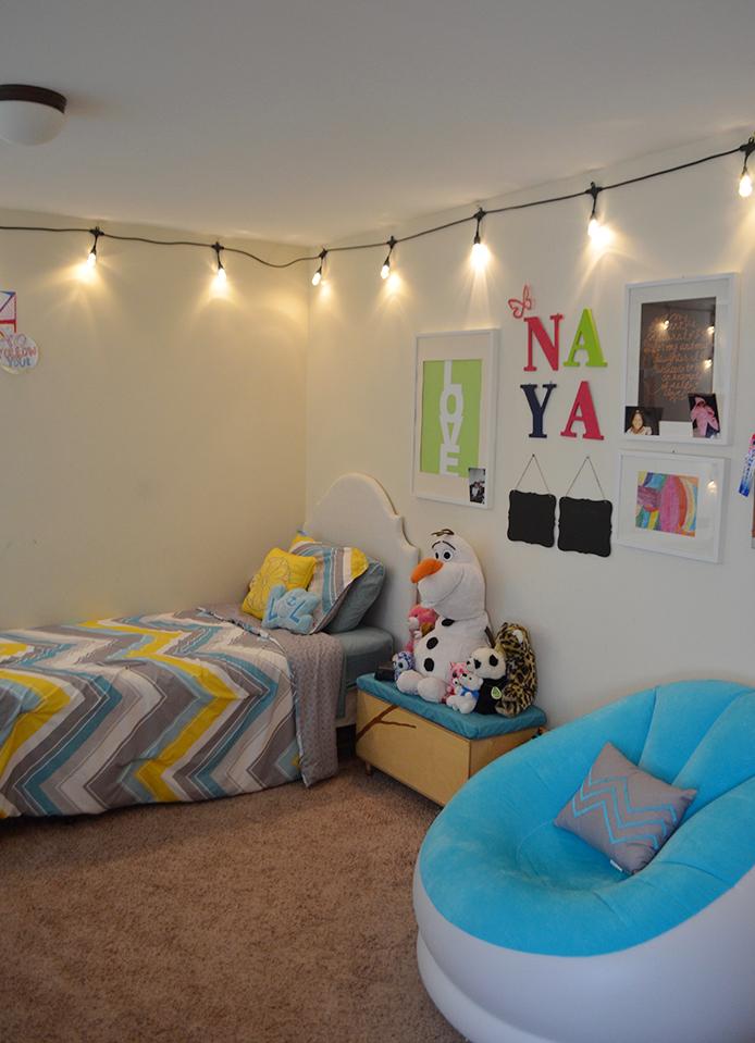 Tween Room Makeover with Enbrighten Café Lights Thumbnail