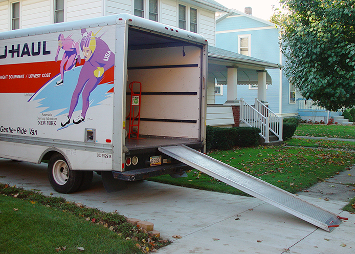 4 Tips for Saving Money During a Move Thumbnail