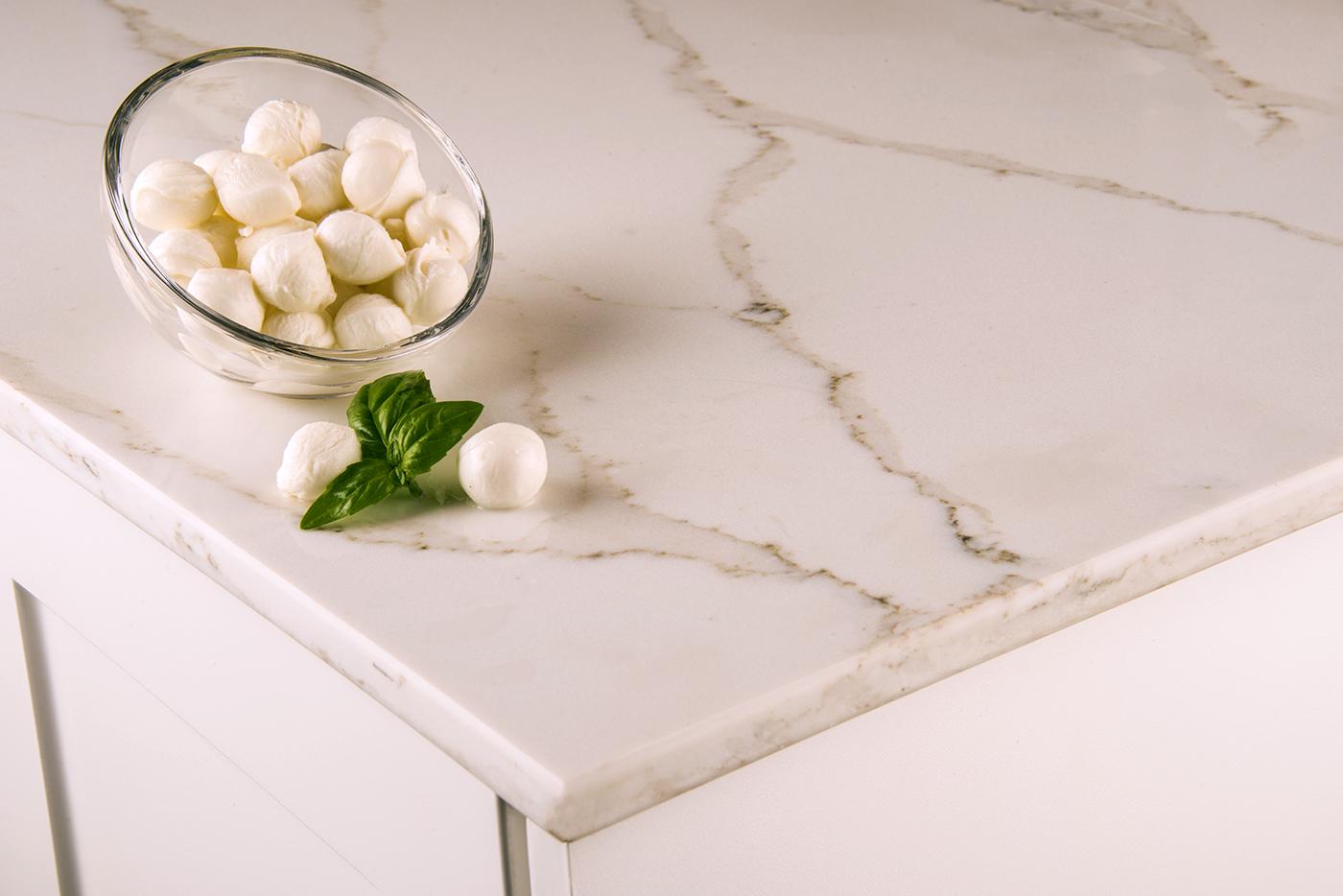 Choosing Kitchen Countertops: Granite vs. Quartz Thumbnail