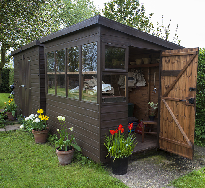 Ten Ways to Enjoy Your Backyard Shed or Summerhouse Thumbnail